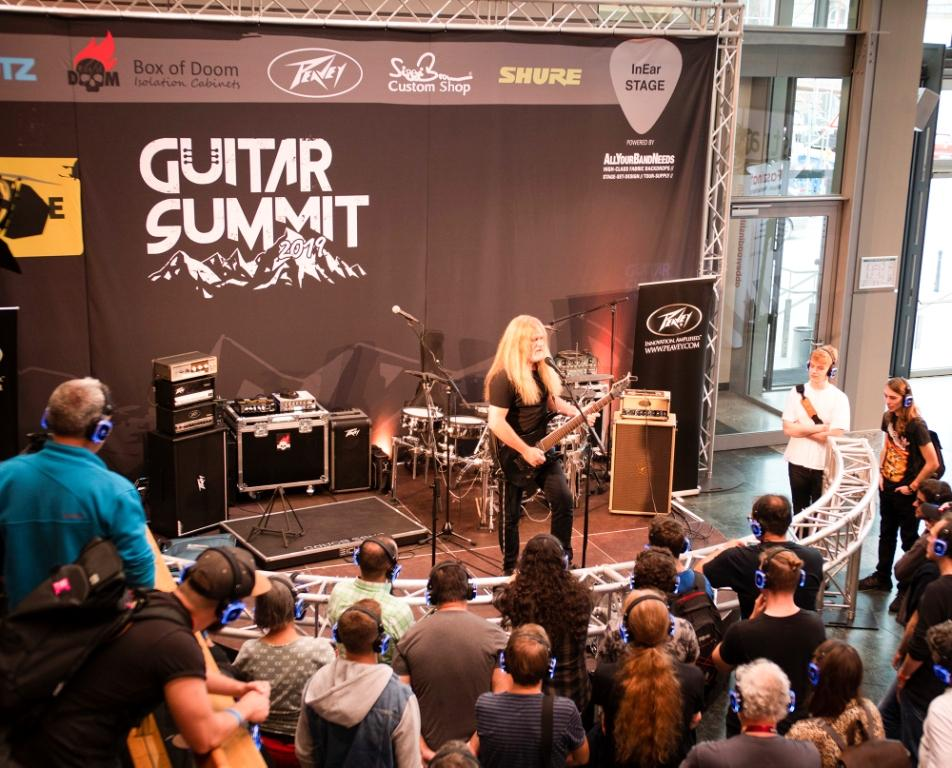 Guitar Summit 2019 Silent Stage PINK