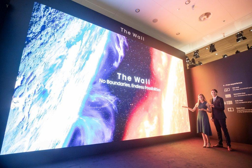 Samsung The Wall Bizz mit QLED 8K